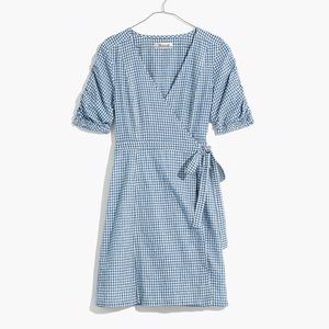 MADEWELL Gingham Shirred Sleeve Linen Wrap Dress